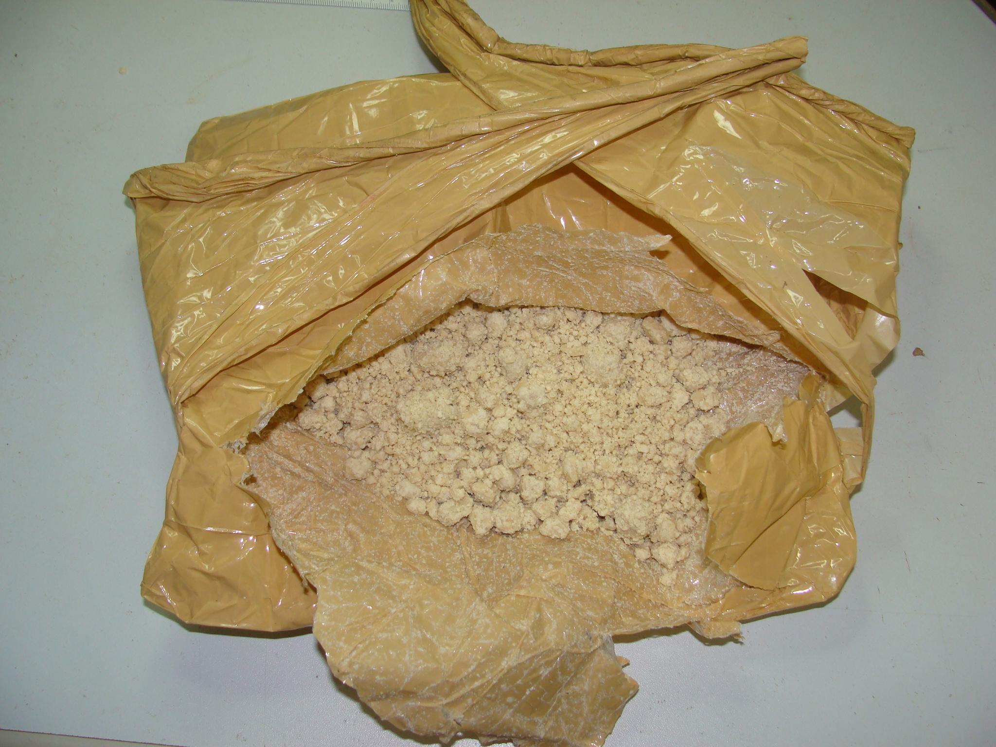 Resultado de imagem para pasta de cocaina